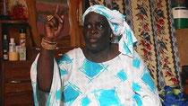 Awa SEYE – processore di pesce, ostetrica, presidente delle cellule femminili del CNPS (Collettivo Nazionale dei Pescatori Artigianali del Senegal), NGUET NDAR (ST. Louis)