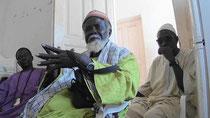 Tamsir FAYE – il più anziano dei pescivendolo à HANN