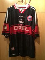 98/99 Bundesliga home Spielertrikot von Ali Daei vorne