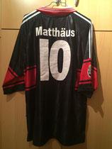 97/98 Champions League home Spielertrikot von Lothar Matthäus hinten