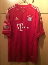 11/12 Bundesliga home Spielertrikot von Daniel van Buyten vorne