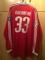 05/06 Champions League home Spielertrikot von Paolo Guerrero hinten