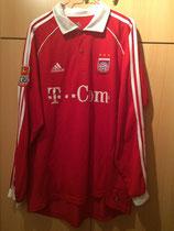 05/06 Bundesliga home Spielertrikot von Hasan Salihamidzic vorne