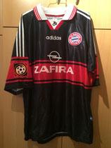 98/99 Bundesliga home Spielertrikot von Thomas Strunz (Zafira) vorne