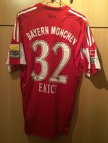 09/10 Bundesliga Spielertrikot von Mehmet Ekici aus dem letzten Saisonspiel gegen Hertha BSC Berlin in Berlin hinten