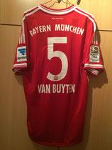 13/14 Bundesliga home Spielertrikot von Daniel van Buyten hinten