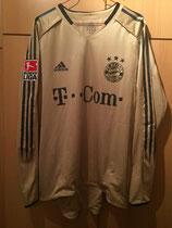 04/05 Bundesliga away Spielertrikot von Vahid Haschemian vorne