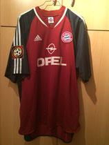 01/02 Bundesliga home Spielertrikot von Niko Kovac vorne