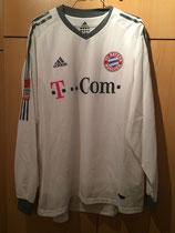 03/04 Bundesliga away Spielertrikot von Claudio Pizarro vorne