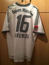 02/03 DFB Pokalfinale Spielertrikot von Jens Jeremies hinten