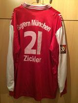 97/98 Bundesliga Derby Spielertrikot von Alexander Zickler hinten