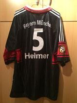 97/98 Bundesliga home Spielertrikot von Thomas Helmer (Astra) hinten