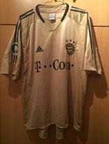 05/06 DFB Pokalfinale Spielertrikot von Roy Makaay vorne