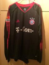 05/06 Bundesliga Derby Spielertrikot von Paolo Guerrero vorne