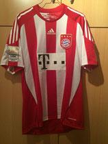 10/11 Bundesliga home Spielertrikot von Martin Demichelis vorne