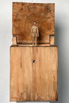Kiste 19 Pappelholz, Farbe, Türspion - 2013
