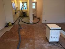 Estricktrocknung und Küchenzeilenunterlüftung - Unterlüftung