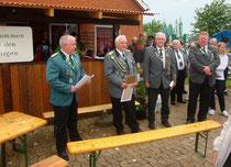 Stefan Thiele (stellv. Kreisschützenmeister), Ronald Lührs (Ehrenpräsident und Kreisjugendschießwart), Jürgen Bauer (3.Beisitzer Kreisvorstand), Michael Prange (Präsident Belum).