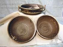 15-42.  Глиняные блюда и салатники ручной работы.