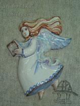 """2-08.  Расписное панно """"Ангел с книгой""""."""