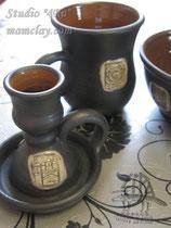 15-28.  Подарочная посуда из керамики ручной работы с рельефным изображением.