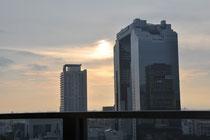 Umeda-Sky Building im Sonnenuntergang