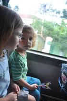 Busfahrt zum Kindergartenausflug.