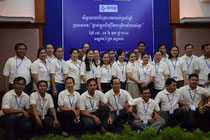 Gruppenbild nur mit den Mitarbeitern aus Phnom Penh