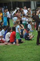 Bühnenprogram mit Schultalenten.