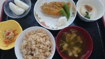 敬老会の特別食 松茸ごはんの香りがよかったです。