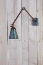 Lampe en zinc véritable (image)