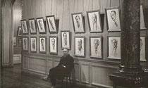 A.Bilis à l'exposition galerie Charpentier  Paris en 1930