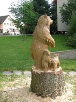 Bärenskulptur