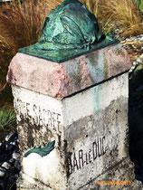 Borne de la Voie Sacrée- Ph: Hubert de Mython