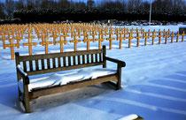 Doullens-Au cimetière militaire