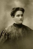 Julia Sheehan