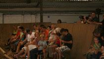 Vorführung für die Eltern, Großeltern, Geschwister und Freunde