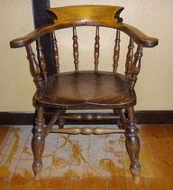 KT0381/ Captain's Chair ~1900, H 82, B 68, T 55, Sitzh. 47 cm, EUR 180,-