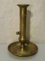 4303/ Messingleuchter ~1820, mit Schieber, H 20cm, EUR 46,-