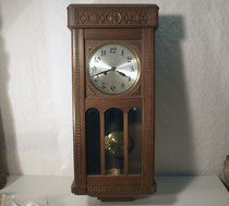 3810/ Regulator ~1910, Eiche, Ecke fehlt, H 78, B 34, T 16cm, EUR 180,-