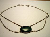 3260/ Kette mit grünem Stein ~1960, L 36cm, EUR 20,-