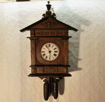4029/ Wanduhr ~1880, 8-Tage-Werk, Gehäuse H 52, B 32, T 15cm, EUR 320,-