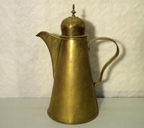 3684/ Kaffeekanne ~1800, Messing, H 31cm, EUR 140,-