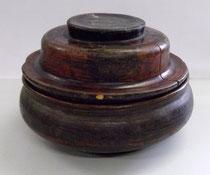 3146/ Tibet. Teedose ~1850, Holz bemalt, H 14, Ø 22cm, EUR 45,-