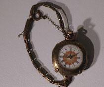 4075/ Damen-Taschenuhr m. Armband ~1880, Gold, Ø 3,5 cm, Werk verrostet, EUR 90,-