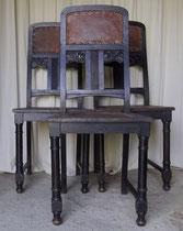 KT0402/ 3 Eichenstühle ~1900, Jugendstil, Eiche mit Leder, H 104, B 44, Sitzhöhe 48cm, EUR 100,-