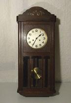 4287/ Wanduhr ~1910. Eiche, H 78, B 34, T 15cm, mit Schlüssel, EUR 85,-