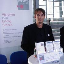 mehrWEB.net Premiere am Tisch von MWS Consulting