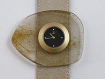 Uhr mit Schmuckscheibe aus Rutilquarz