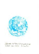 """Hier Platzabrieb 3: """"Platzabrieb - der Pfosten der Bank auf der ich saß in Cannes"""" / Werkverzeichnis 3.316 / Datiert Cannes, am 07.03.2001 / Platzabrieb mit blauer Öl- bzw. Wachskreide Maße b 21,0 cm * h 29,7 cm"""
